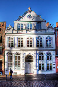 Buddenbrookhaus © Wikimedia Uli at wikivoyage shared